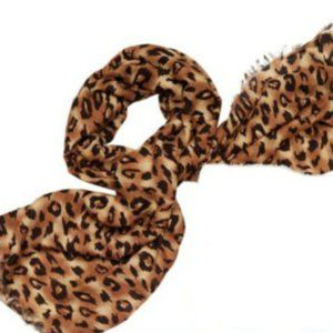 COLLEEN LOPEZ Large LEOPARD Print Scarf